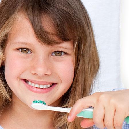 La higiene dental infantil, ¿cuándo iniciarla?