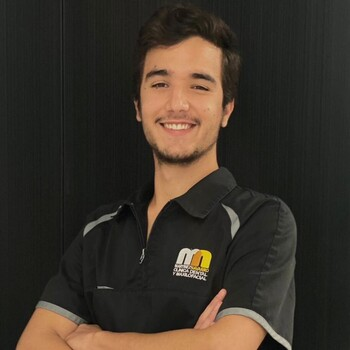 Jorge Martinez Pintos, tu dentista en Malaga